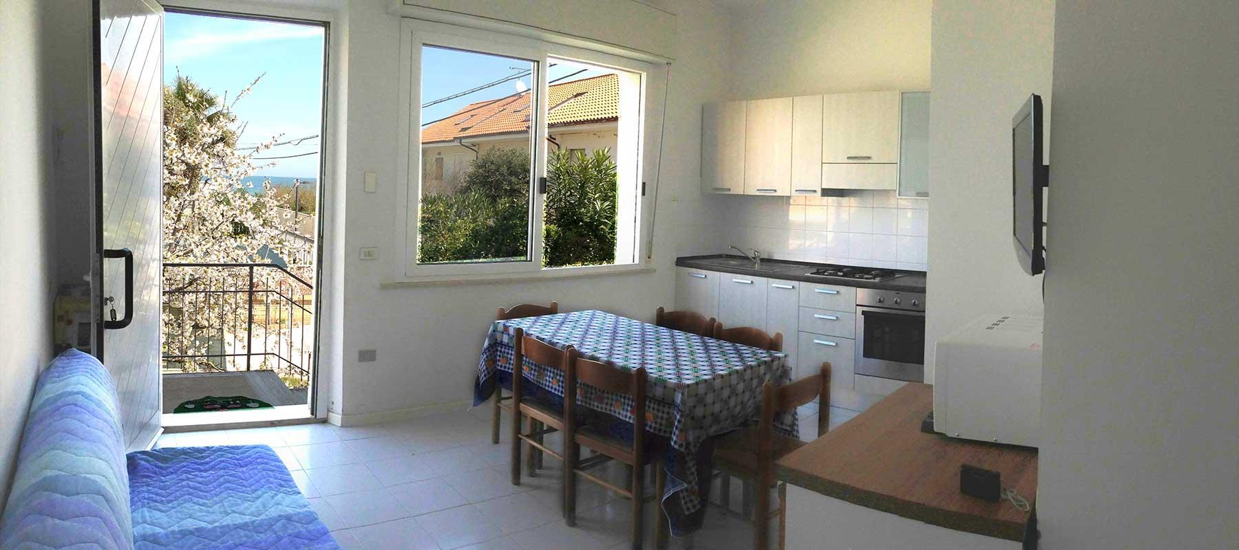 Appartamenti al mare sulla costa adriatica a torrette di fano for Premiato piano casa artigiano